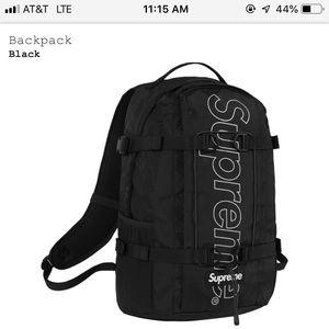 Supreme black FW/18 backpack